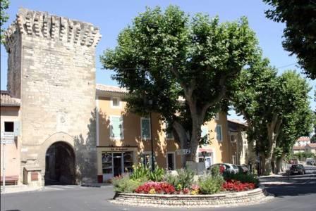 Le patrimoine au Sorgues du Comtat, Pernes-les-Fontaines