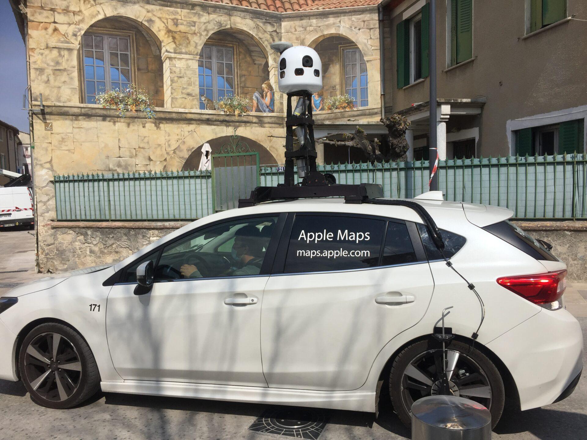 Apples Maps dans les ruelles de Monteux