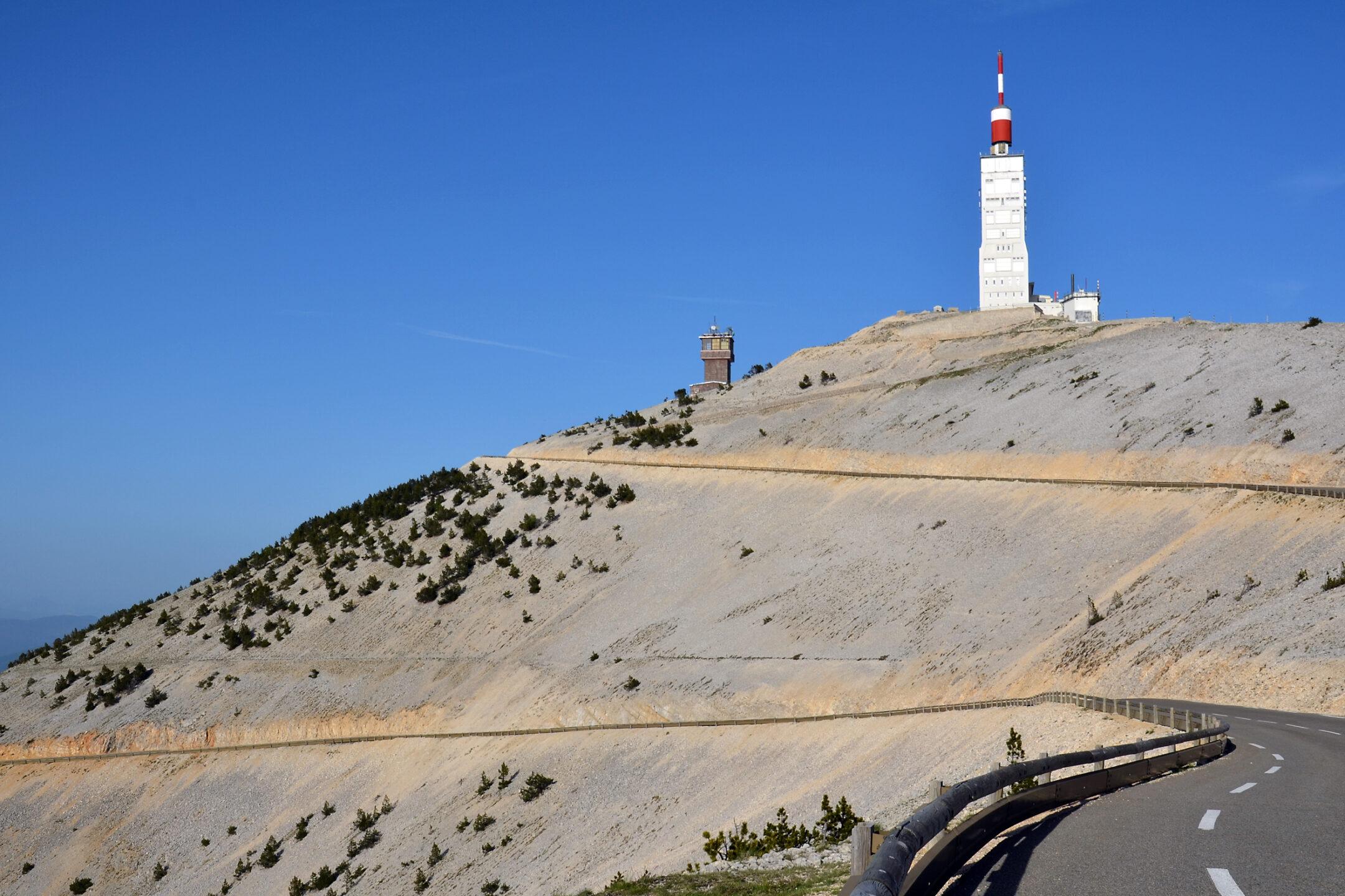 Sommet du Mont Ventoux fermé jusqu'au 31 mai 2021